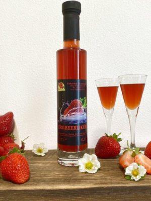 Erdbeer-Likör   Erdbeerhof Wunderlich